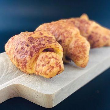 Afbeeldingen van Ham/ Kaas Croissant